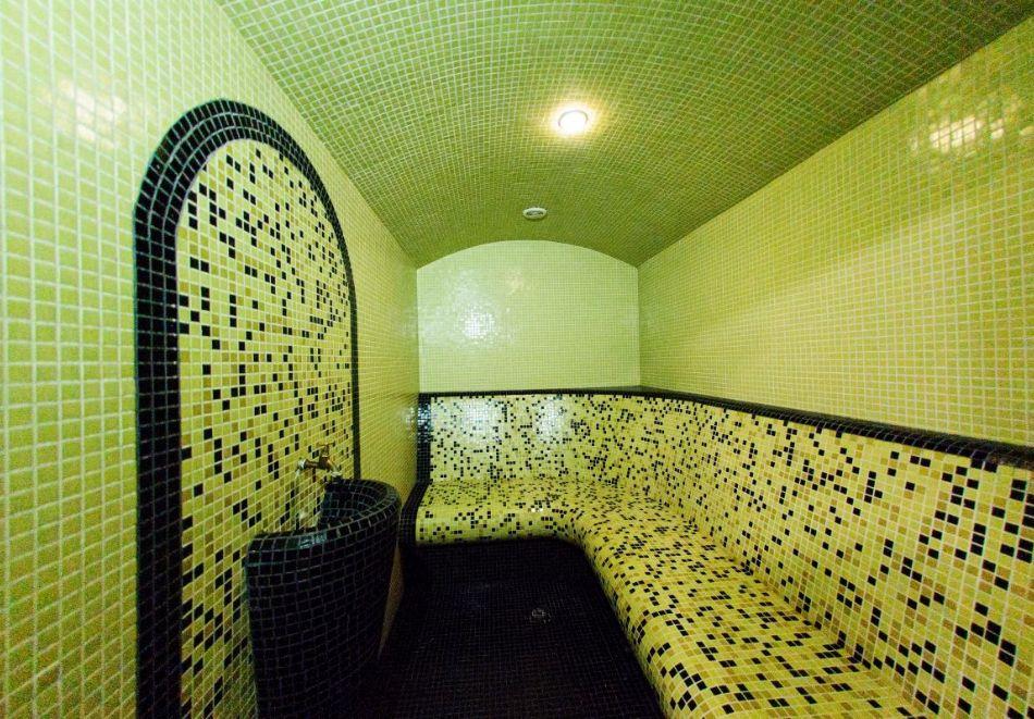 Нощувка на човек + релакс зона в хотел Думанов, Банско. Възможност за изхранване на място!, снимка 12