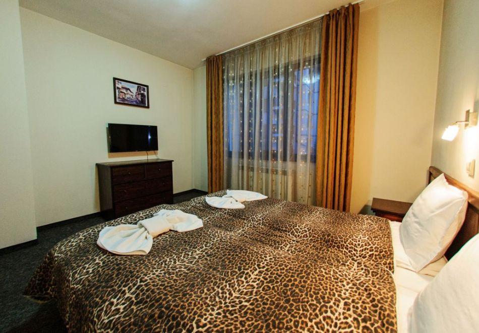 Нощувка на човек + релакс зона в хотел Думанов, Банско. Възможност за изхранване на място!, снимка 9