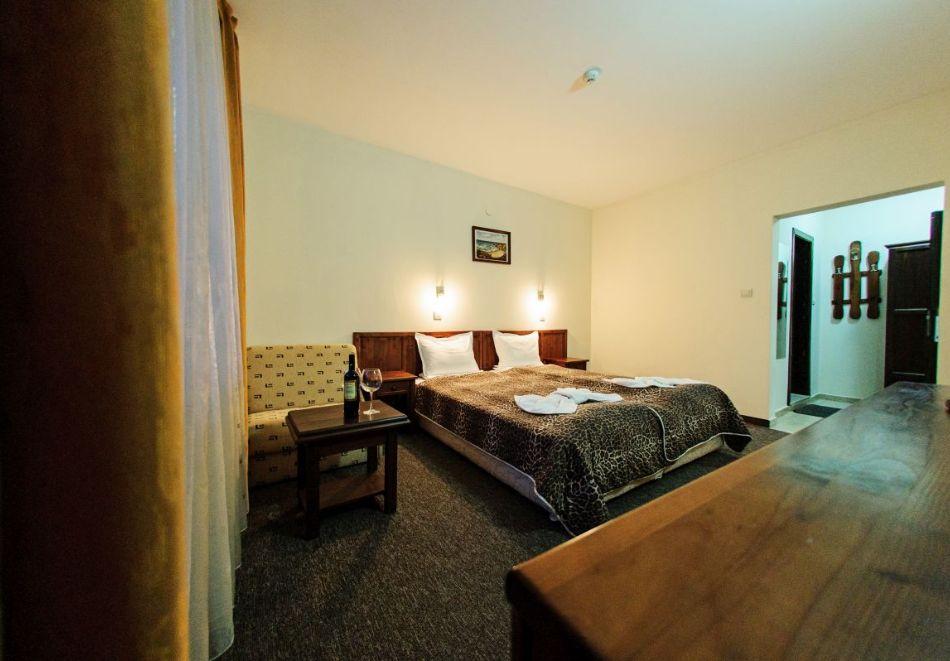 Нощувка на човек + релакс зона в хотел Думанов, Банско. Възможност за изхранване на място!, снимка 8