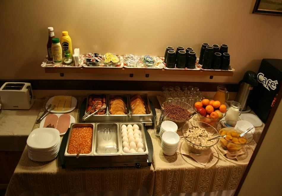 Две нощувки на човек със закуски и вечери* в Бизева Къща***, Банско, снимка 14