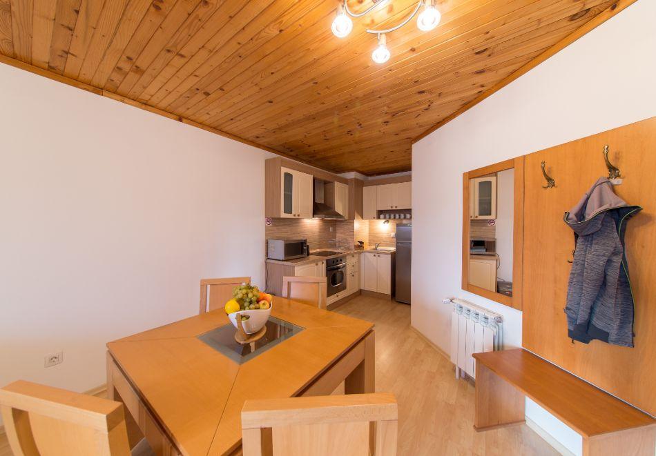 Нощувка в апартамент за четирима + релакс зона в Апартаменти за гости в Пампорово, снимка 24