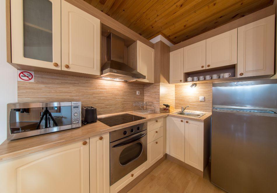 Нощувка в апартамент за четирима + релакс зона в Апартаменти за гости в Пампорово, снимка 39