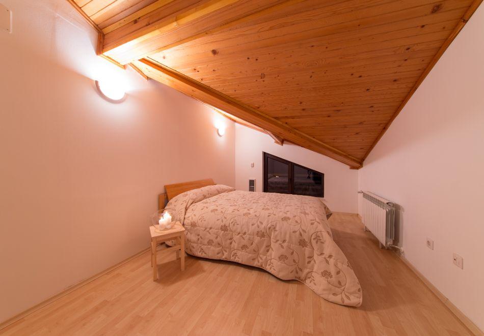 Нощувка в апартамент за четирима + релакс зона в Апартаменти за гости в Пампорово, снимка 19