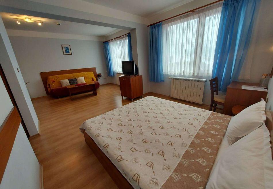 Уикенд в семеен хотел Борика, Равногор! 1 или 2 нощувки на човек със закуски + релакс зона по желание., снимка 9