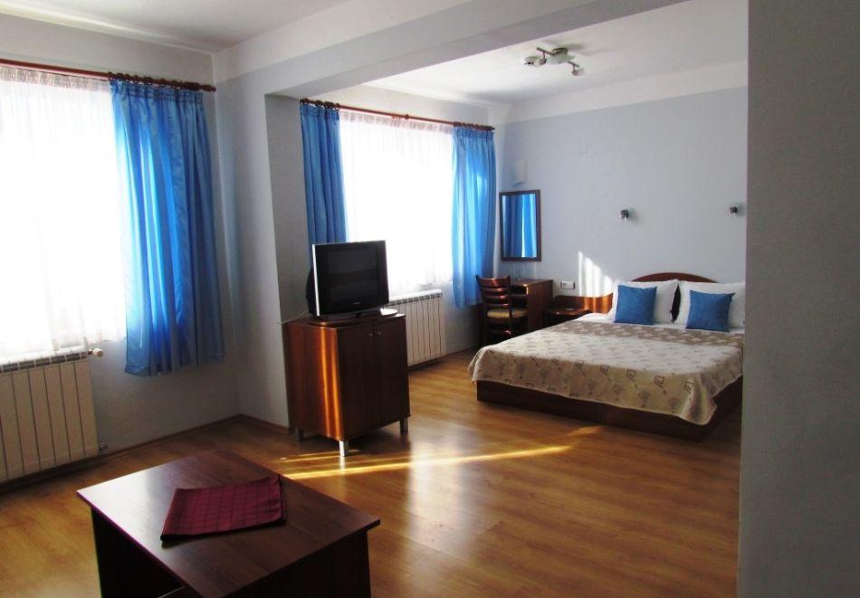 Уикенд в семеен хотел Борика, Равногор! 1 или 2 нощувки на човек със закуски + релакс зона по желание., снимка 11