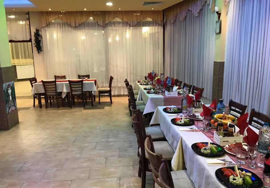 Уикенд в семеен хотел Борика, Равногор! 1 или 2 нощувки на човек със закуски + релакс зона по желание., снимка 12