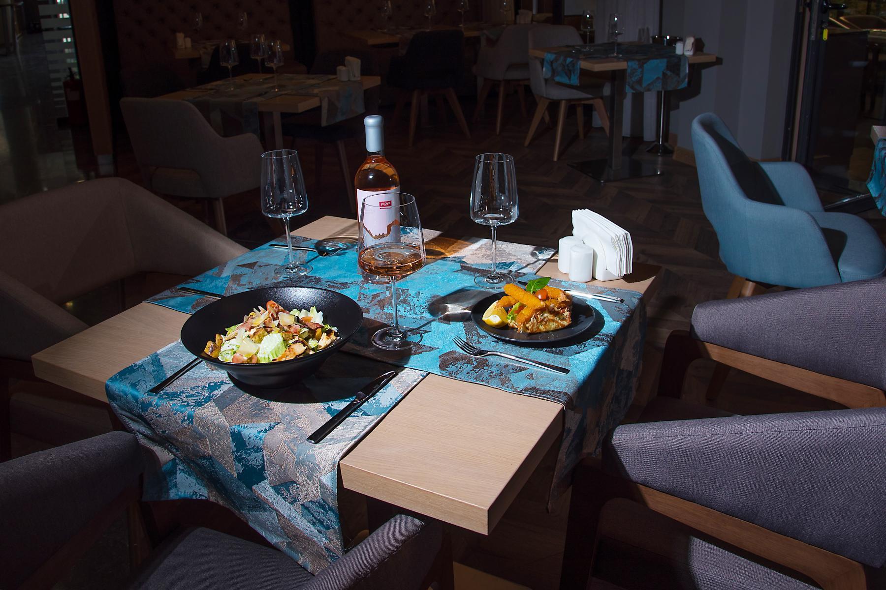 Нощувка със закуска за двама в хотел Бест Уестърн Премиер****, Пловдив, снимка 6