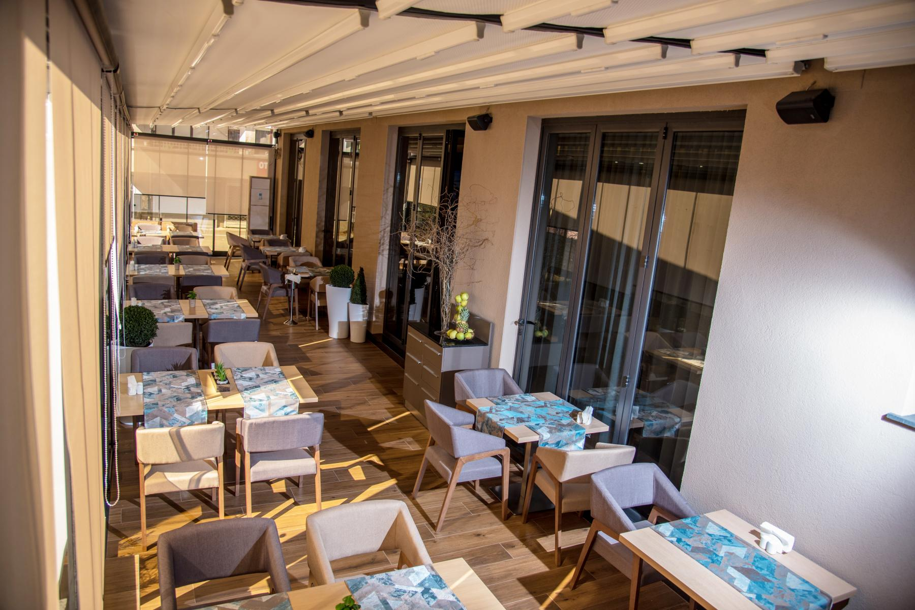Нощувка със закуска за двама в хотел Бест Уестърн Премиер****, Пловдив, снимка 5