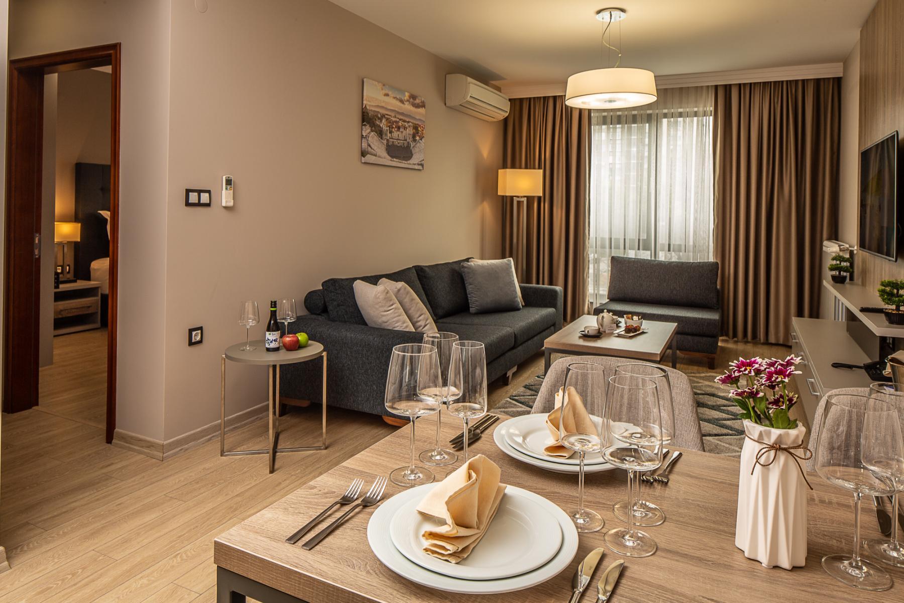 Нощувка със закуска за двама в хотел Бест Уестърн Премиер****, Пловдив, снимка 9