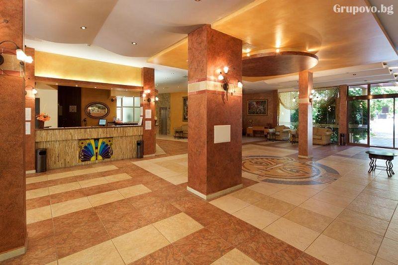 Нощувка на човек на база All Inclusive + басейн в хотел Явор Палас****, Слънчев Бряг, снимка 10