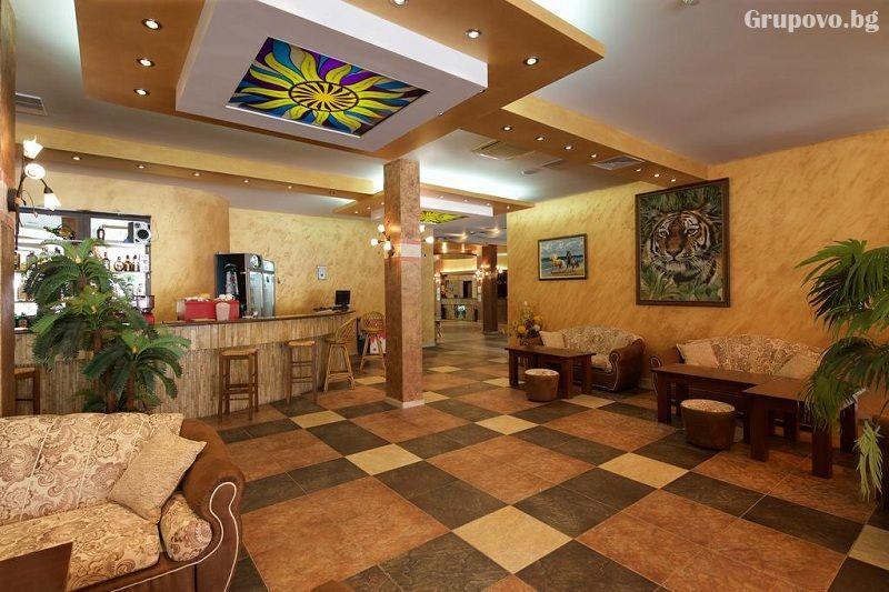Нощувка на човек на база All Inclusive + басейн в хотел Явор Палас****, Слънчев Бряг, снимка 8
