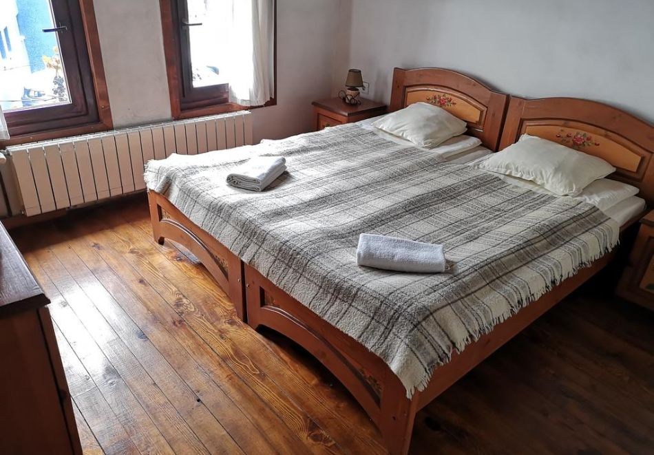 Наем на самостоятелна къща до 22- ма човека в Старата къща, Велинград, снимка 5