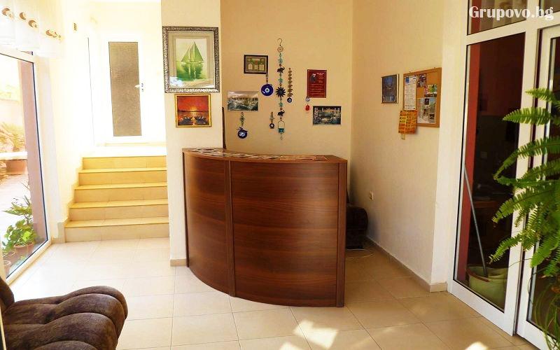 Нощувка или нощувка със закуска на човек + басейн ТОП ЦЕНИ в хотел Денис, Равда, снимка 10