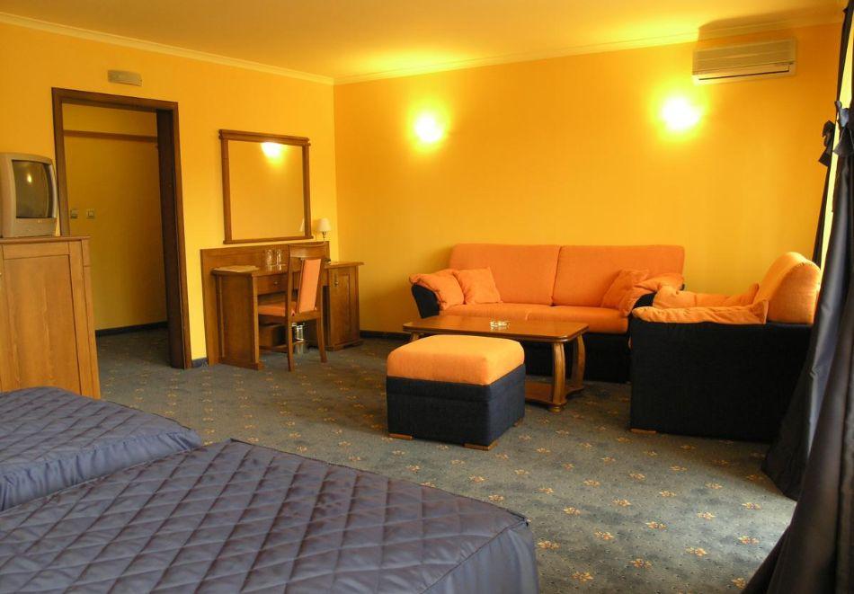 Великден в хотел Троян Плаза! 3, 4 или 5 нощувки на човек със закуски и вечери, едната празнична + релакс пакет, снимка 5