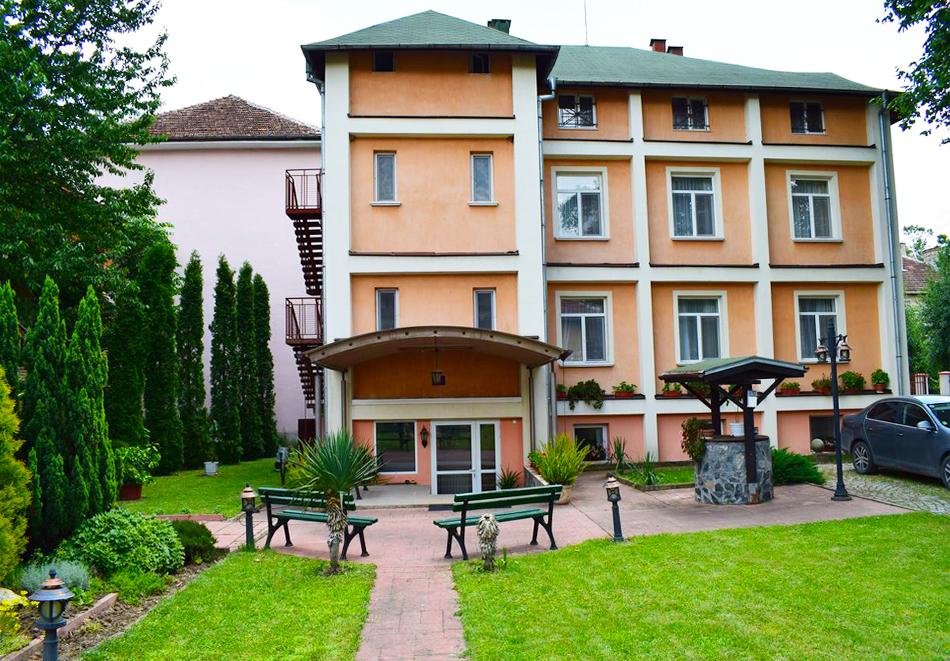 Хотел Тинтява 2, Вършец