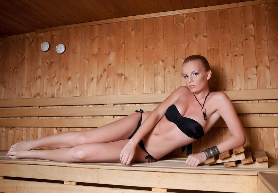 Нощувка в делукс крило на човек със закуска + басейни с минерална вода и релакс център в хотел Хисар****, гр. Хисаря, снимка 25