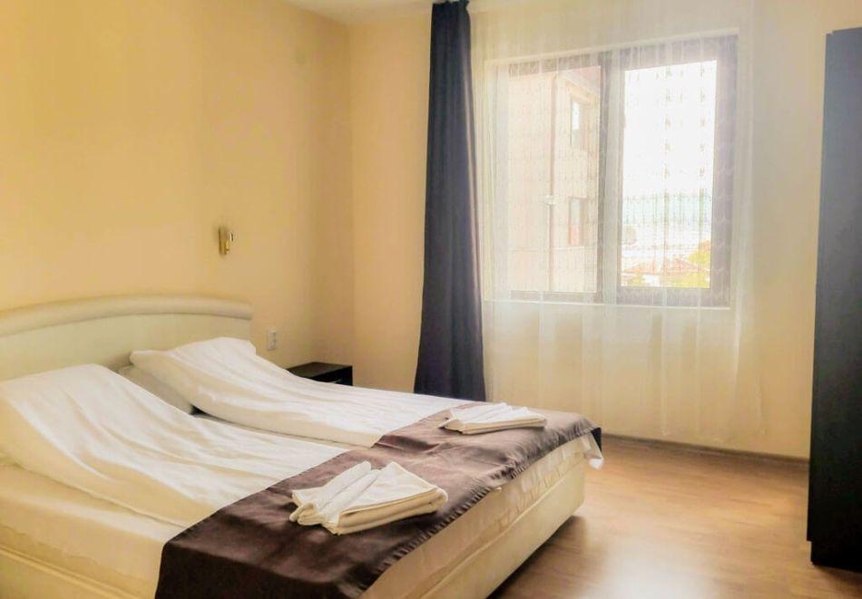 2 нощувки на човек + вечери + минерален басейн в Апартаменти за гости Сапарева Апарт, гр.Сапарева Баня, снимка 8