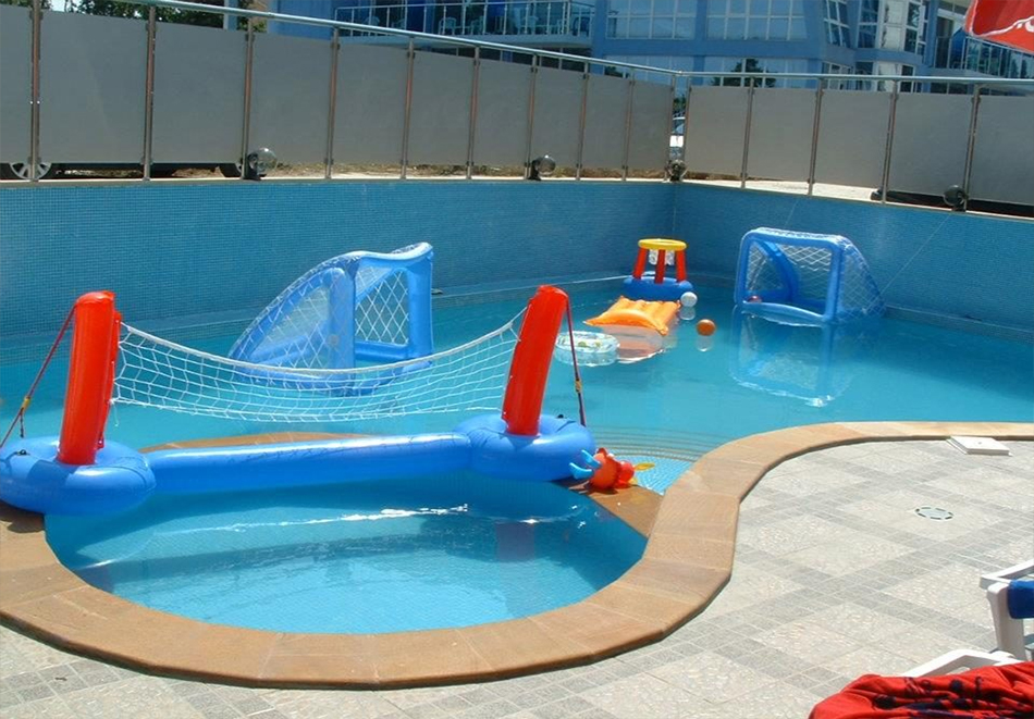 Нощувка за четирима или петима + басейн с джакузи в хотел Хармани, Китен, снимка 2