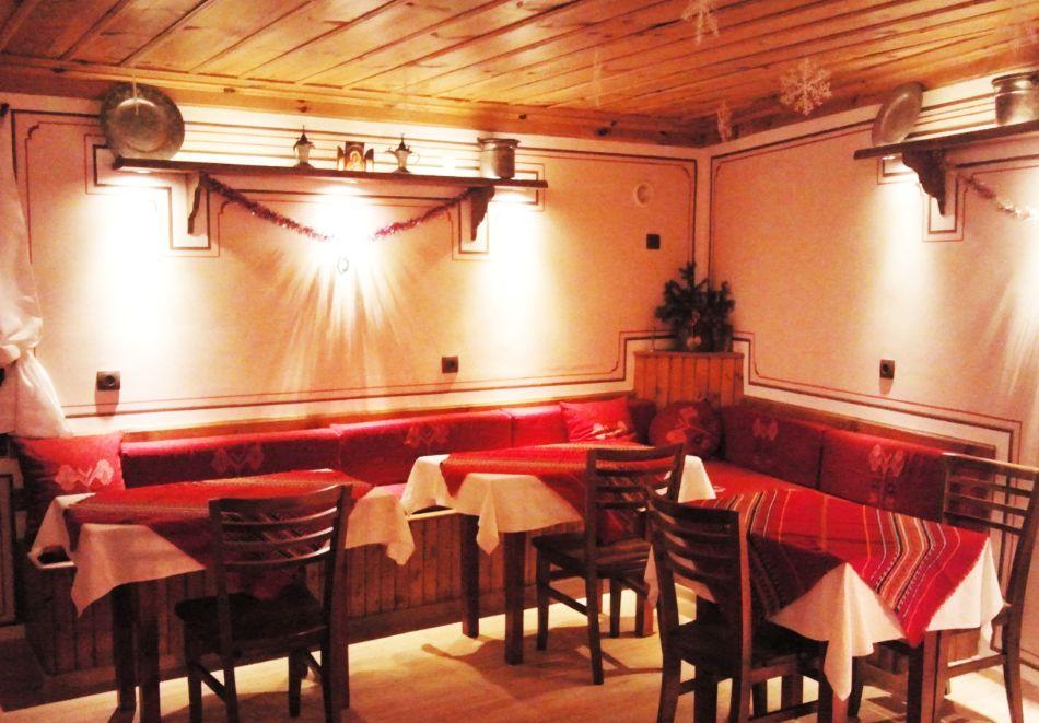 Делник в Копривщица! Наем за 1, 2, 3, 4 или 5 нощувки на къща с капацитет 9 човека + барбекю от Траянова къща, снимка 8