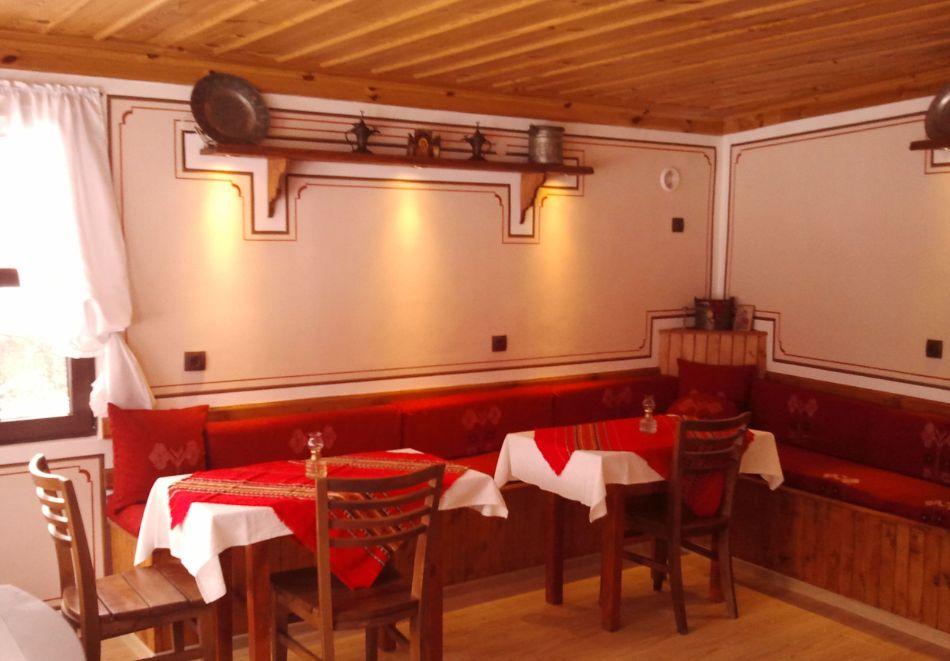 Делник в Копривщица! Наем за 1, 2, 3, 4 или 5 нощувки на къща с капацитет 9 човека + барбекю от Траянова къща, снимка 7