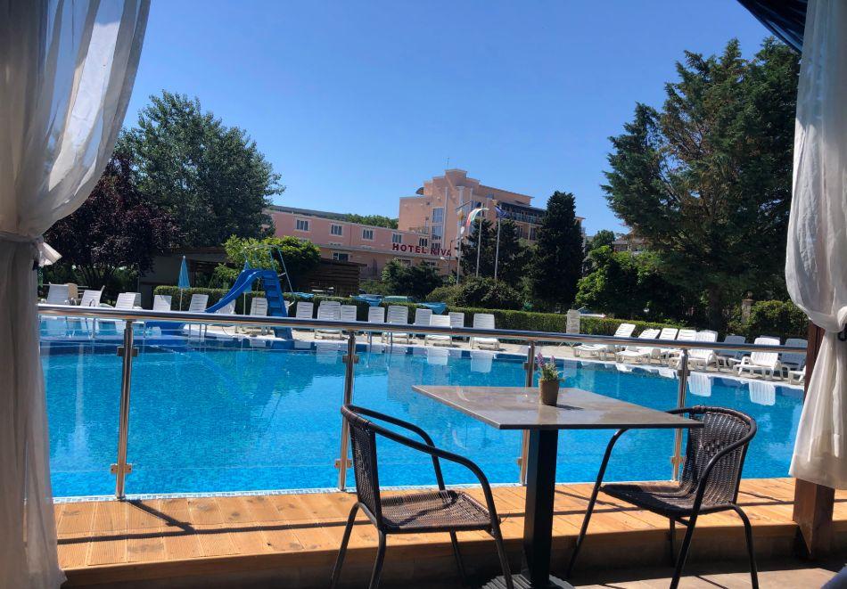 Нощувка на човек със закуска + басейн в хотел Палма, Слънчев Бряг, снимка 27