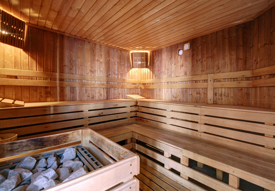 Нощувка на човек със закуска + басейн и релакс зона в Комплекс Реденка Холидей Клуб, край Банско!, снимка 4