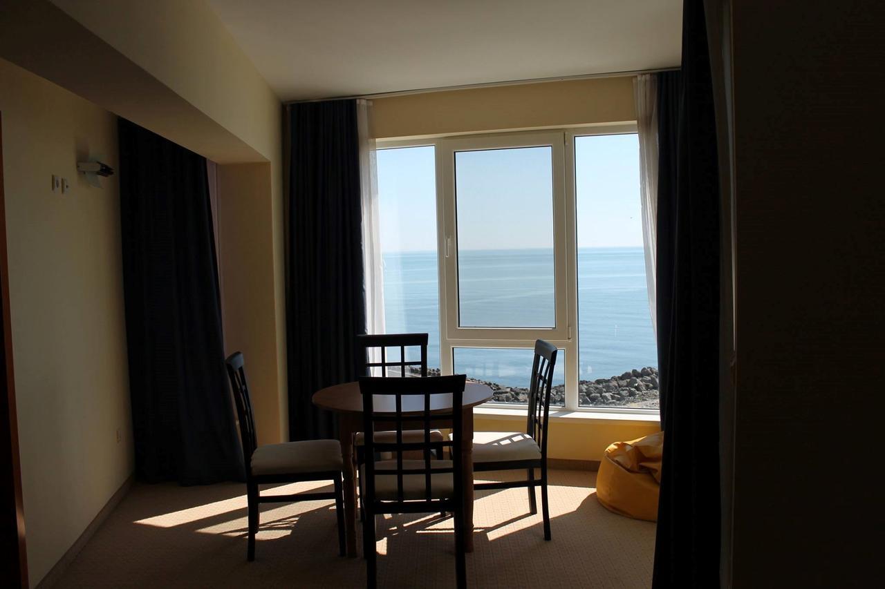 На ПЪРВА линия в Китен! 5 нощувки на човек със закуски, обеди и вечери + басейн в хотел Елит, снимка 12