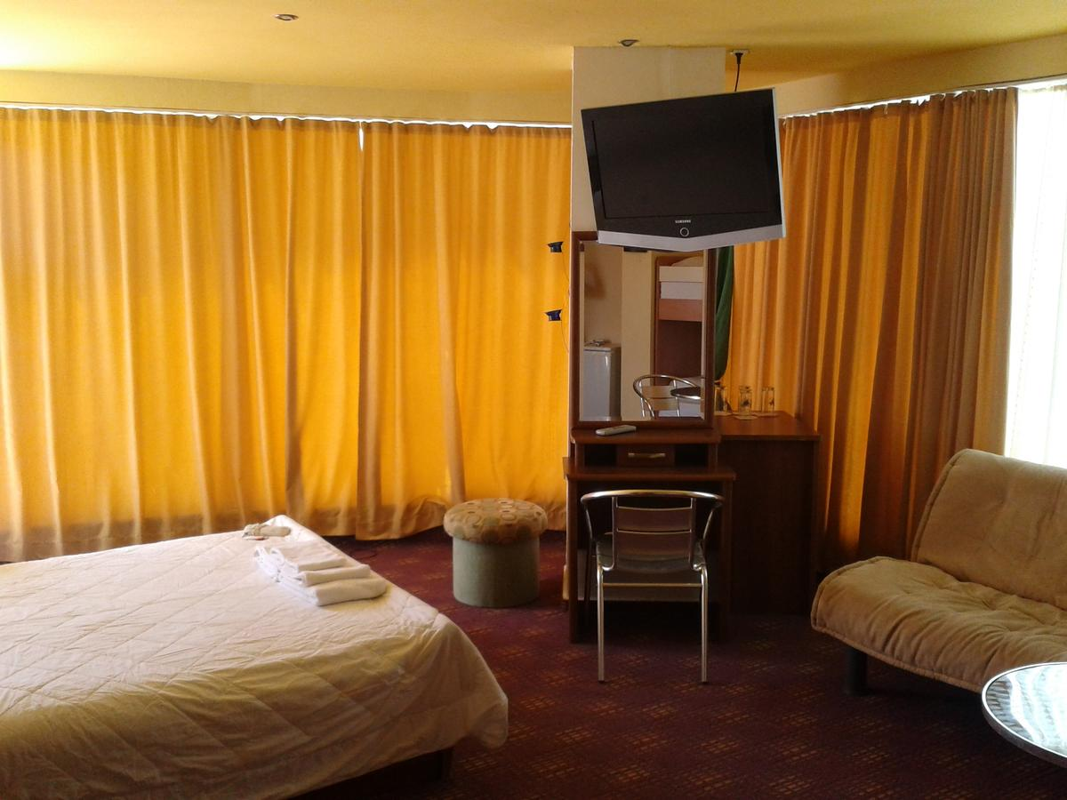 На ПЪРВА ЛИНИЯ в Китен! 5 нощувки на човек със закуски, обеди и вечери + басейн в хотел Елит, снимка 6