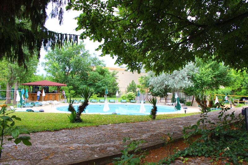 Нощувка на човек със закуска + басейн от Парк хотел Здравец***, к.к. Чайка. Дете до 12г. - БЕЗПЛАТНО!, снимка 10