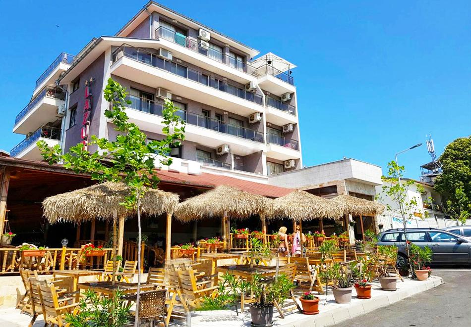 Лято 2021 в Китен. 3, 5 или 7 нощувки на човек със закуски и вечери в семеен хотел Лазур, снимка 2
