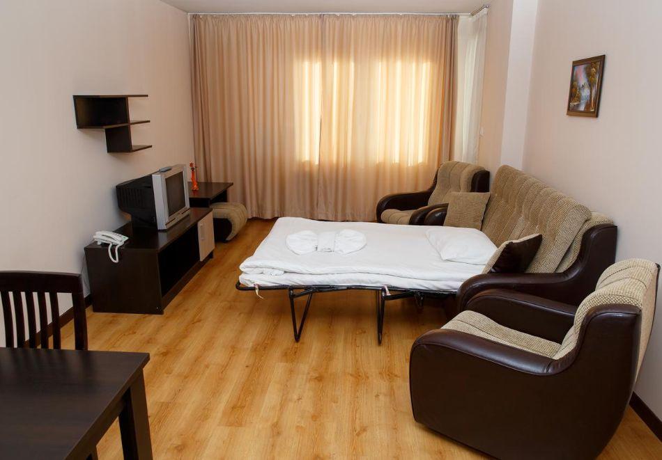 Нощувка за двама, трима или четирима в апартаментен комплекс Сънрайз**** Банско, снимка 16