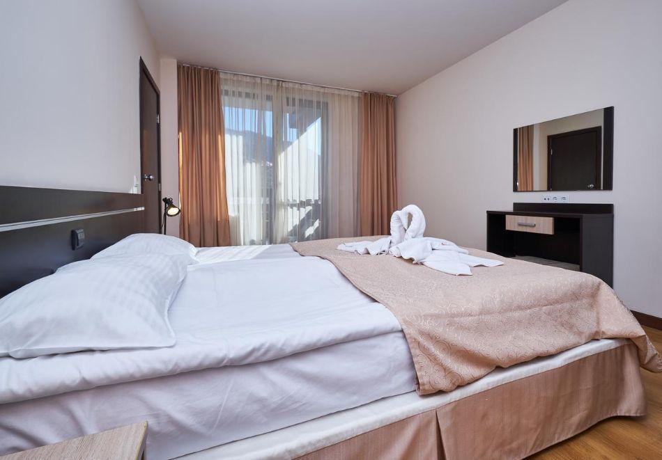 Нощувка за двама, трима или четирима в апартаментен комплекс Сънрайз**** Банско, снимка 10