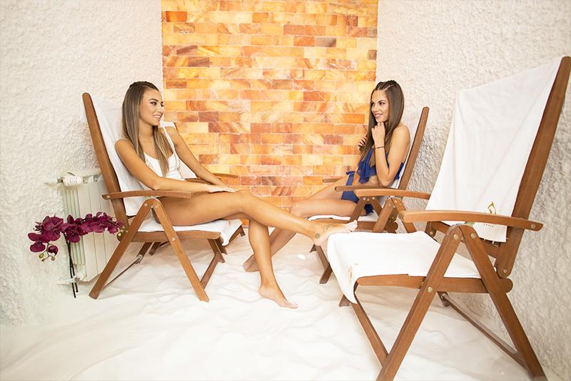 Нощувка на човек със закуска + минерален басейн и СПА от хотел Персенк*****, Девин, снимка 8