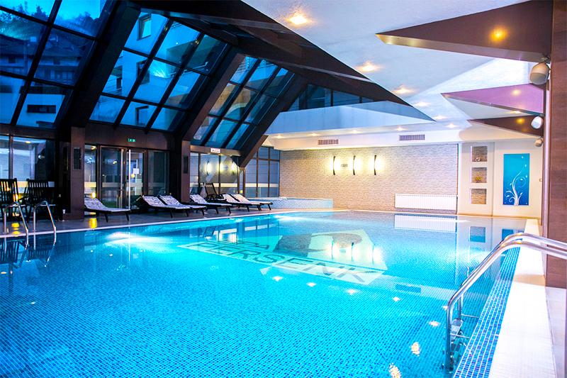 Нощувка на човек със закуска + минерален басейн и СПА от хотел Персенк*****, Девин, снимка 3