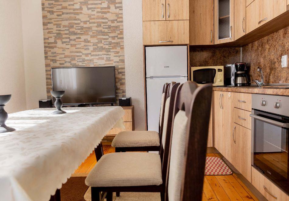 2 или 3 нощувки в самостоятелна вила + барбекю за 8 човека от Вила Самодива, с. Ягодина, снимка 11