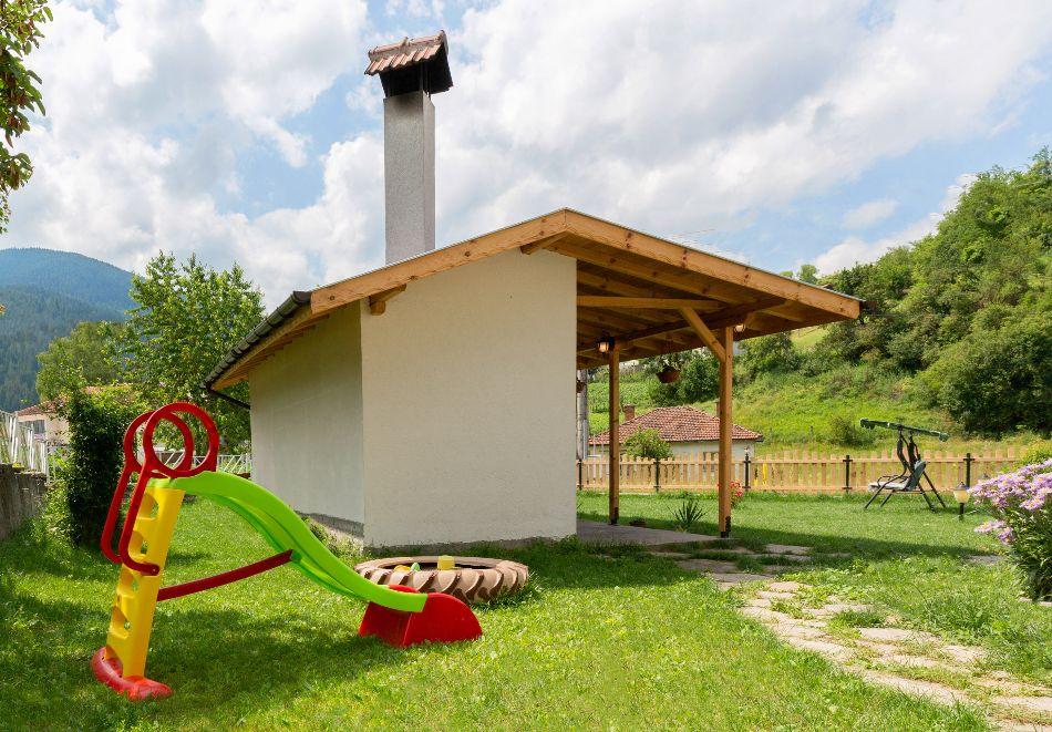 2 или 3 нощувки в самостоятелна вила + барбекю за 8 човека от Вила Самодива, с. Ягодина, снимка 16