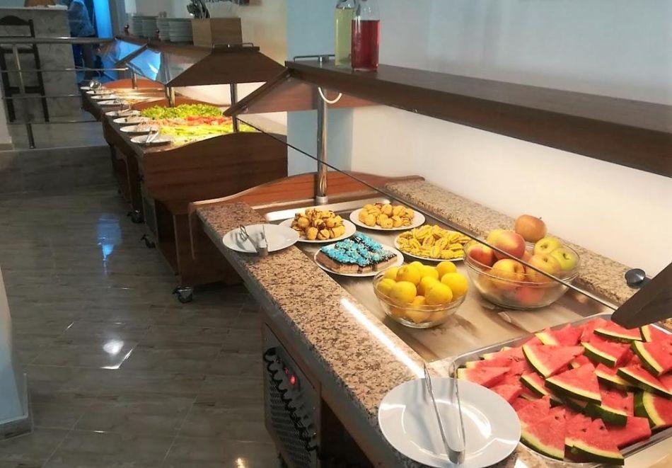 Лято в Китен на 50м. от морето! Нощувка на човек, закуска и вечеря с напитки + басейн в НОВИЯ хотел Елица***, снимка 14