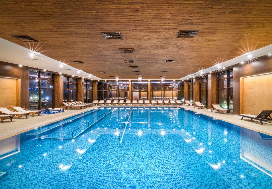 Нощувка на човек със закуска и вечеря + басейн с МИНЕРАЛНА вода и СПА пакет от хотел Севтополис Балнео и СПА****, Павел баня, снимка 6