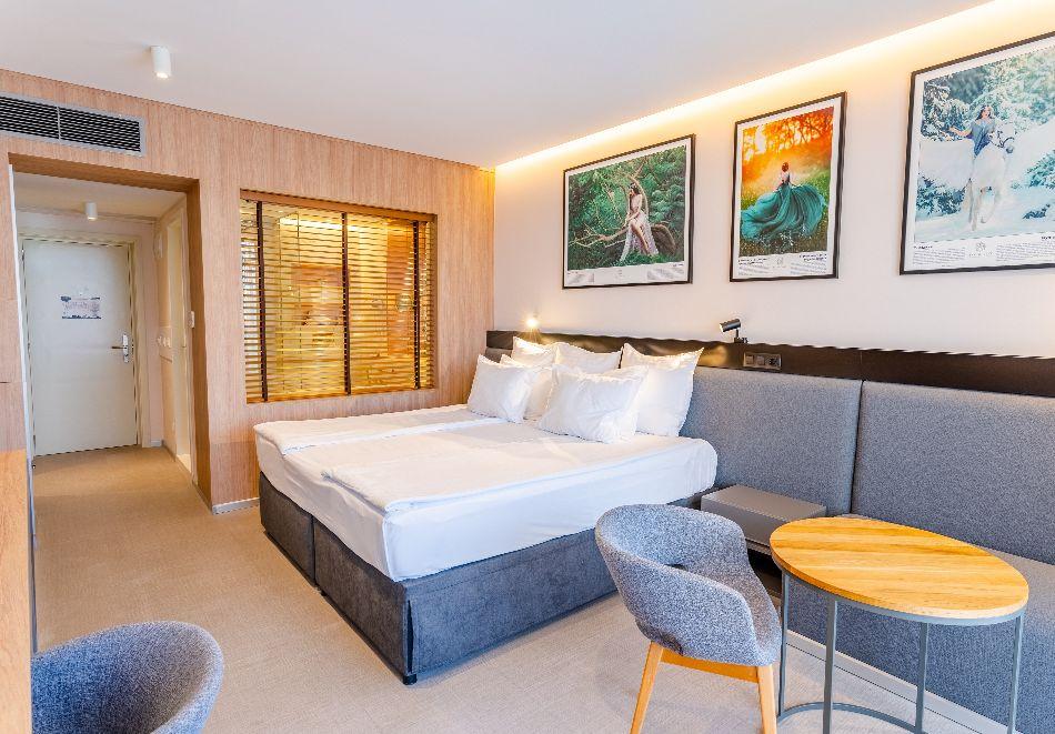 Нощувка на човек със закуска и вечеря + басейн с МИНЕРАЛНА вода и СПА пакет от хотел Севтополис Балнео и СПА****, Павел баня, снимка 25