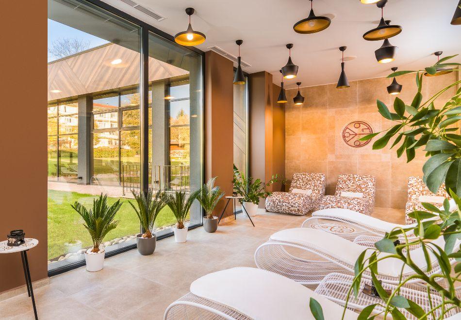 Нощувка на човек със закуска и вечеря + басейн с МИНЕРАЛНА вода и СПА пакет от хотел Севтополис Балнео и СПА****, Павел баня, снимка 12