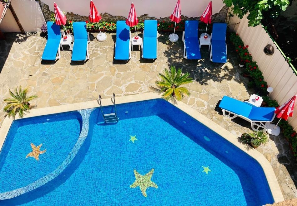 3 или повече нощувки на човек + басейн от хотел Пловдив, Приморско, снимка 3