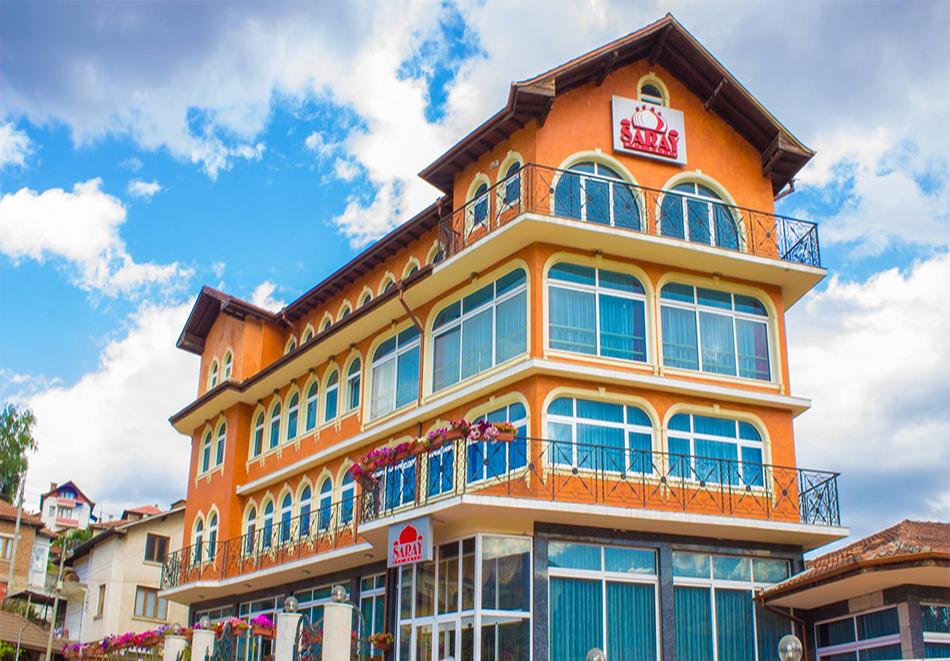 2 или повече нощувки на човек със закуски, обеди и вечери + вътрешен минерален басейн в хотел Сарай, до Велинград, снимка 3