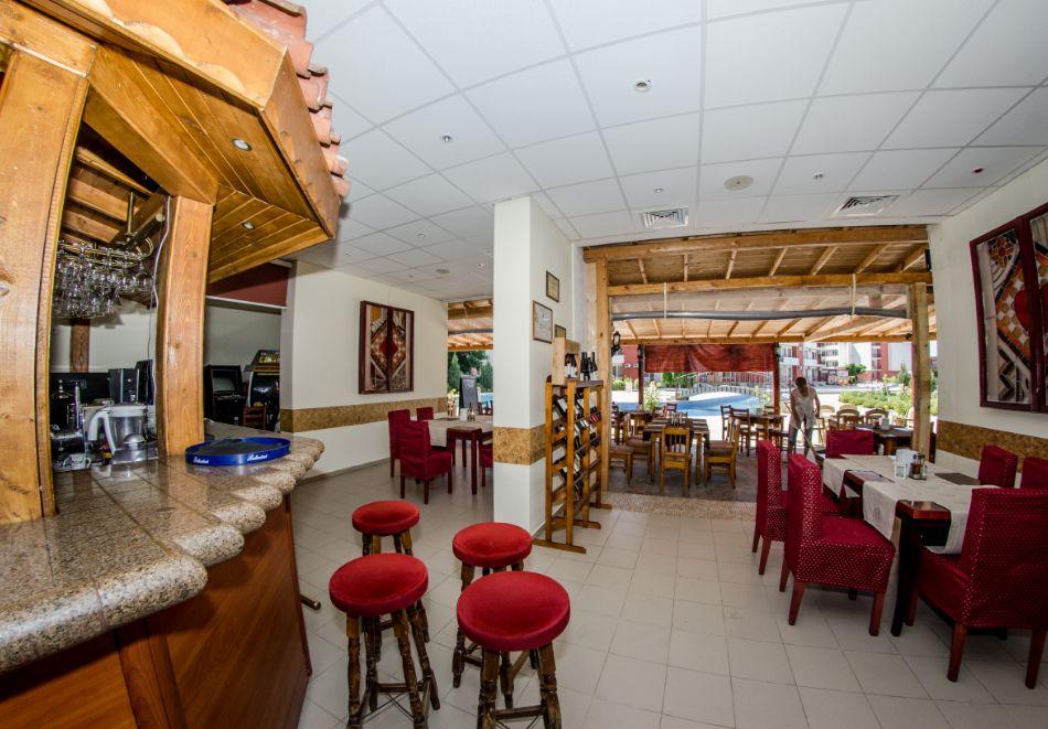 5 или 7 нощувки в двуспален апартамент за до 5-ма + басейни в Привилидж Форт Бийч, между Св. Влас и Елените, снимка 16