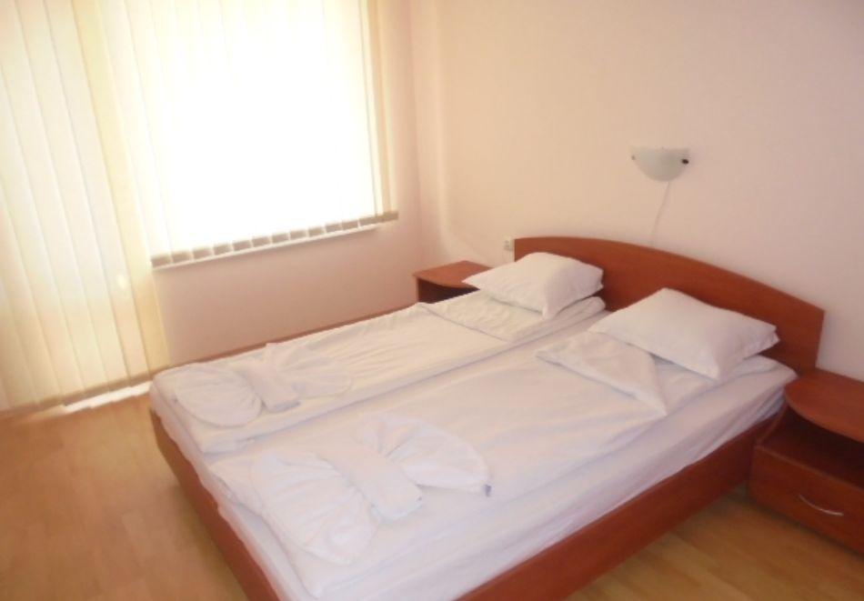 5 или 7 нощувки в двуспален апартамент за до 5-ма + басейни в Привилидж Форт Бийч, между Св. Влас и Елените, снимка 10