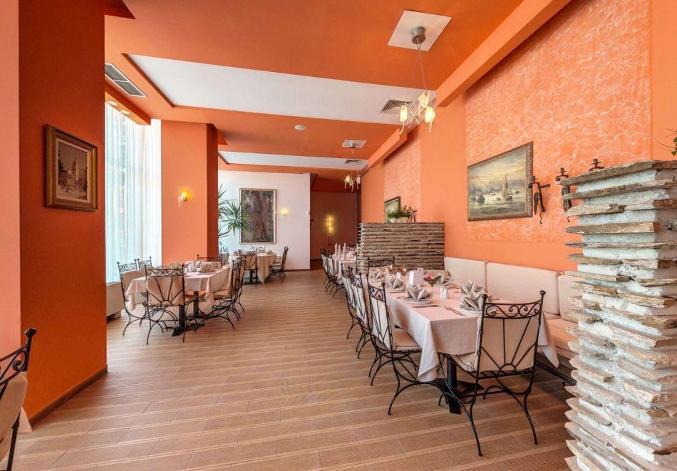 Детокс програма! 5 нощувки на човек със закуски, обеди и вечери в хотел Феста Панорама****, Несебър, снимка 19