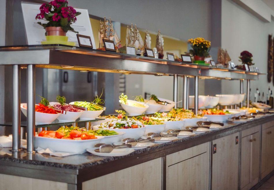 Детокс програма! 5 нощувки на човек със закуски, обеди и вечери в хотел Феста Панорама****, Несебър, снимка 17