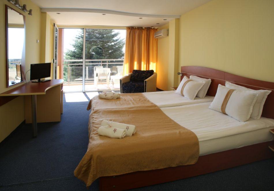 3, 5 или 7 нощувки на човек на база All Inclusive + басейн и собствен плаж от хотел Бона Вита, Златни пясъци. Дете до 12г. - безплатно!, снимка 11