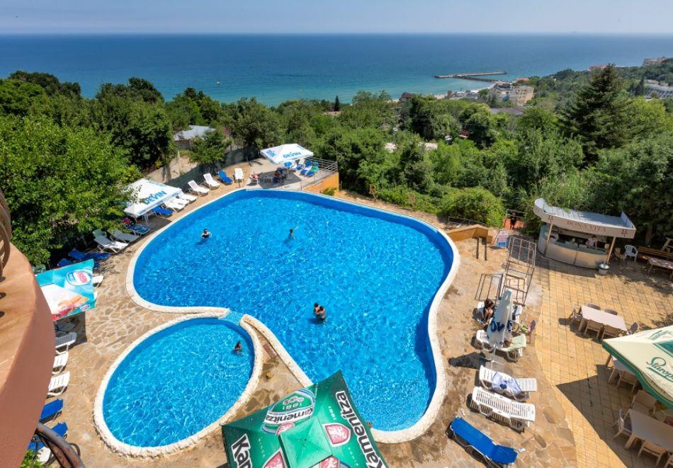 3, 5 или 7 нощувки на човек на база All Inclusive + басейн и собствен плаж от хотел Бона Вита, Златни пясъци. Дете до 12г. - безплатно!, снимка 2