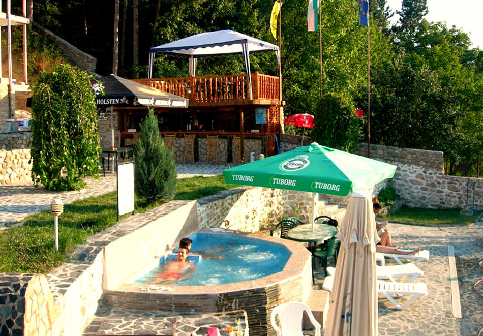 Лято в Мелник! Нощувка на човек със закуска и вечеря + басейн от Комплекс Рожена, снимка 5