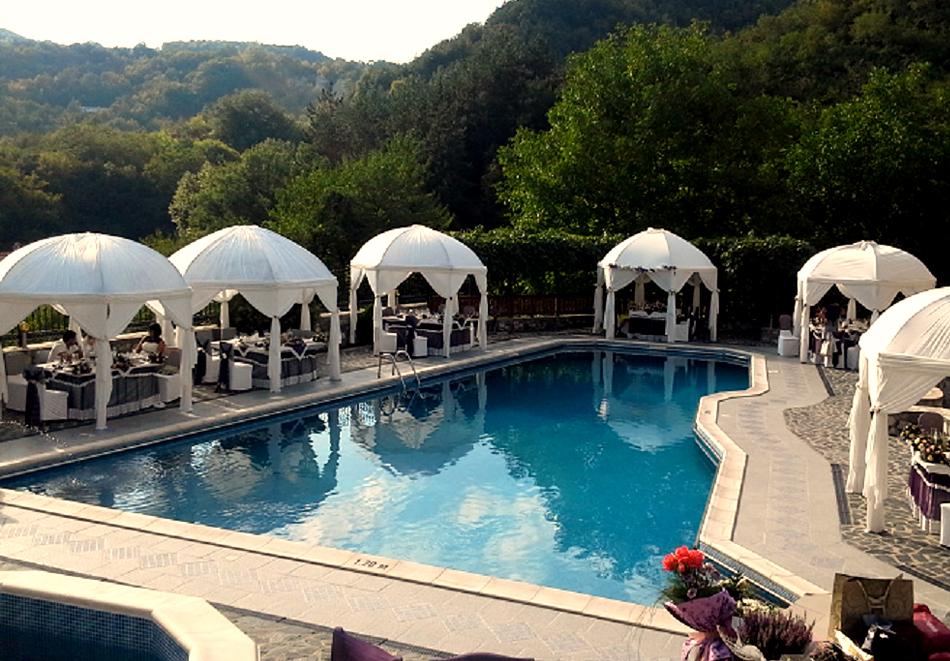 Лято в Мелник! Нощувка на човек със закуска и вечеря + басейн от Комплекс Рожена, снимка 6